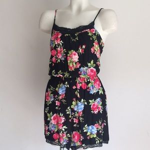 Floral romper NWT